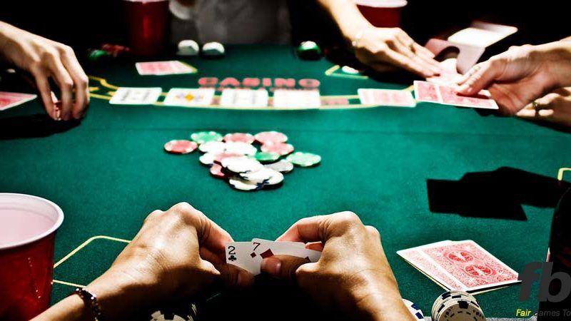 cach-choi-poker-gioi-la-tranh-choi-cung-luc-qua-nhieu-hand