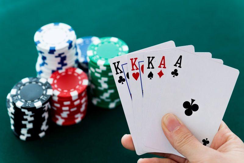 poker-game-danh-bai-doi-thuong-2021-top-dau